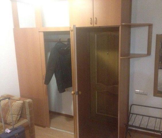 шкаф в номере гостиницы