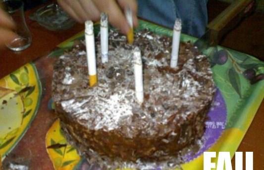 торт с сигаретами вместо свечей