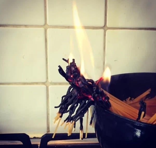 спагетти горят