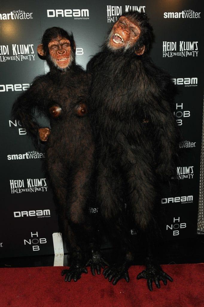 хайди клум и сил в костюмах обезьян