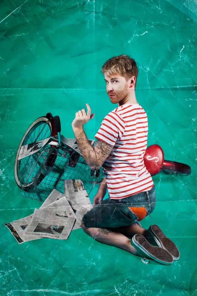 парень с велосипедом