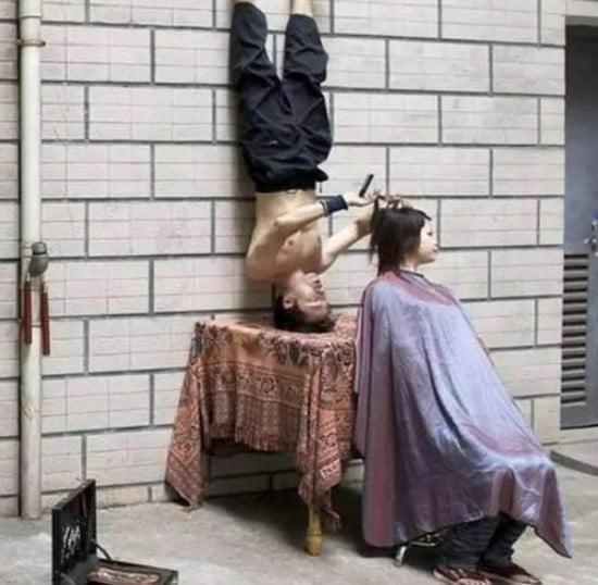 необычный парикмахер