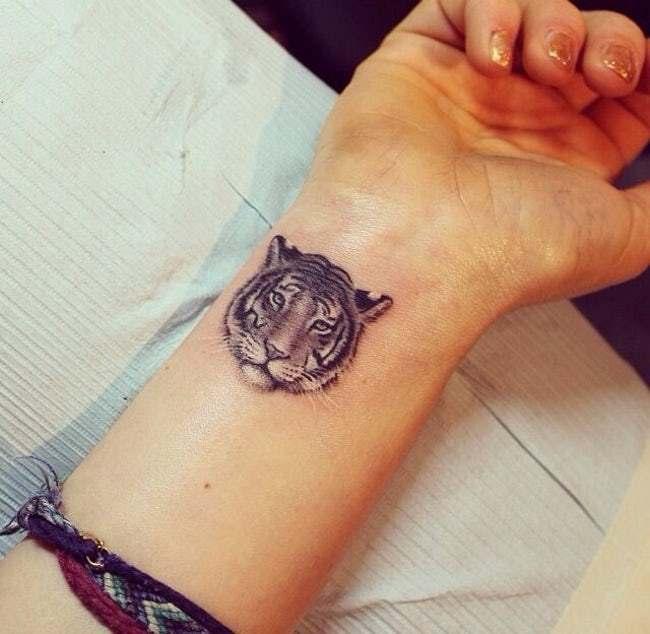 татуировка в виде тигра