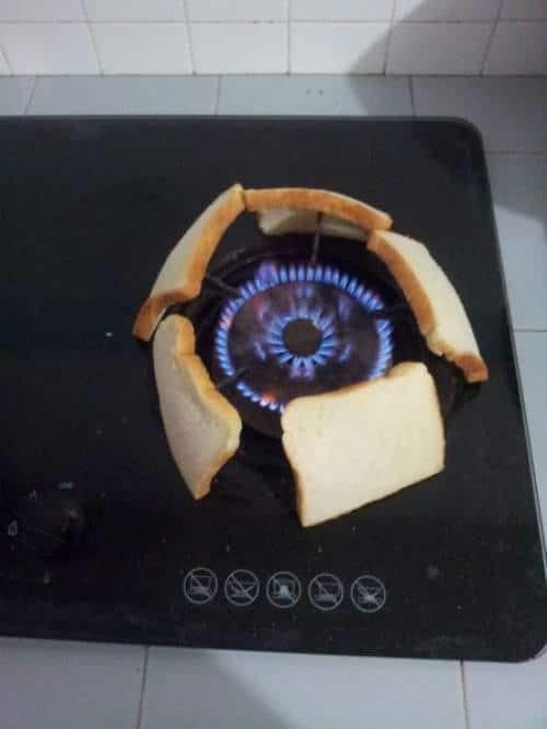 газовая плита и хлеб