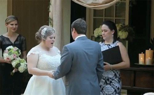 женщину стошнило на свадьбе