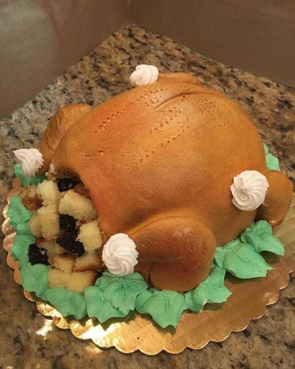 торт в виде запеченной курицы
