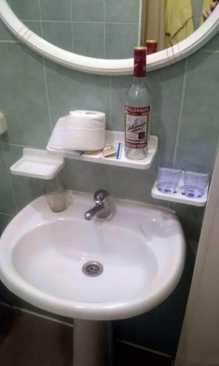 водка в ванной