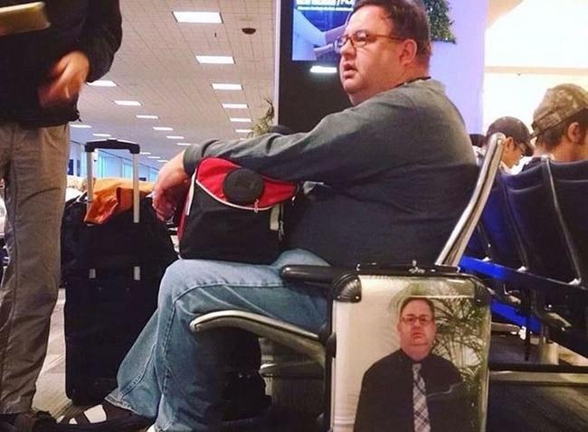 необычный чемодан