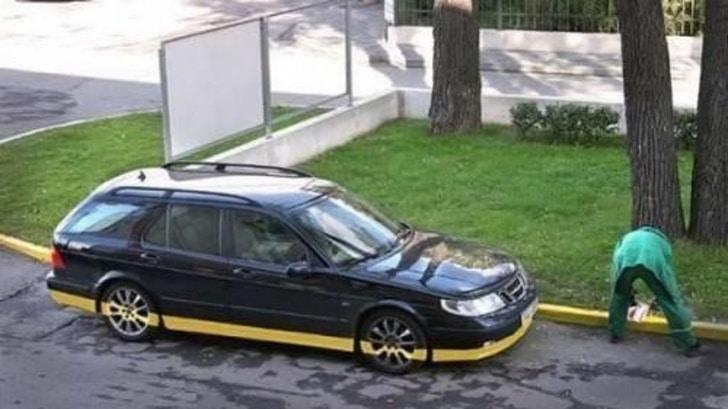 покрасил машину