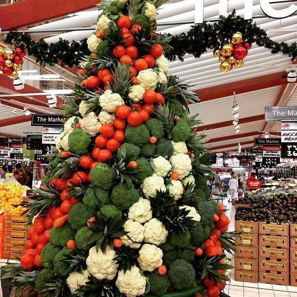елка из овощей