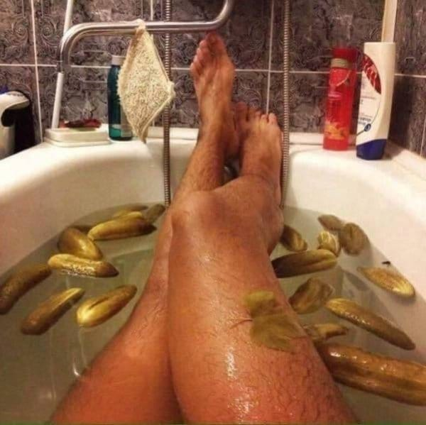ванна с огурцами