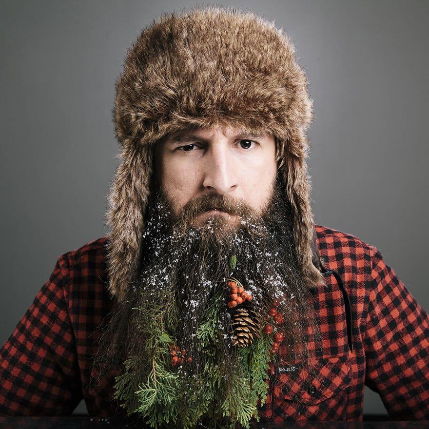 бородатый парень в шапке