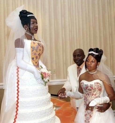 торт в виде невесты