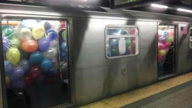 шарики в поезде