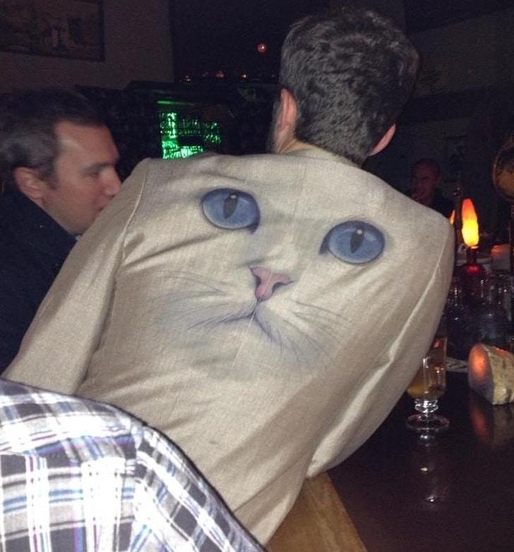 пиджак с кошкой
