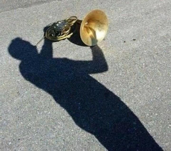 тень играет на трубе
