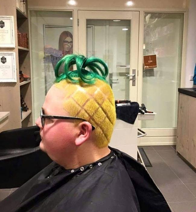 прическа ананас