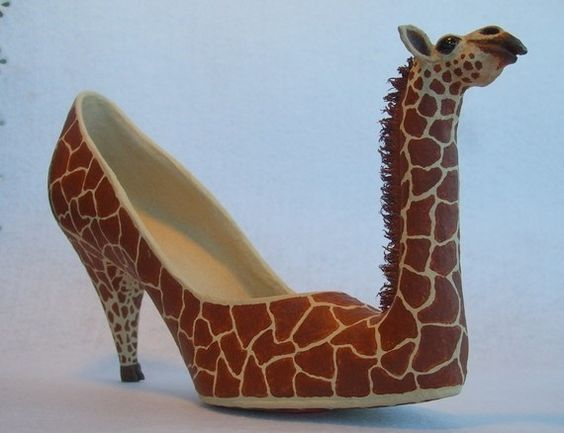 обувь в форме жирафа