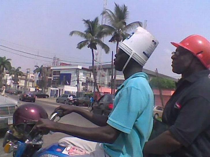 ведро вместо шлема