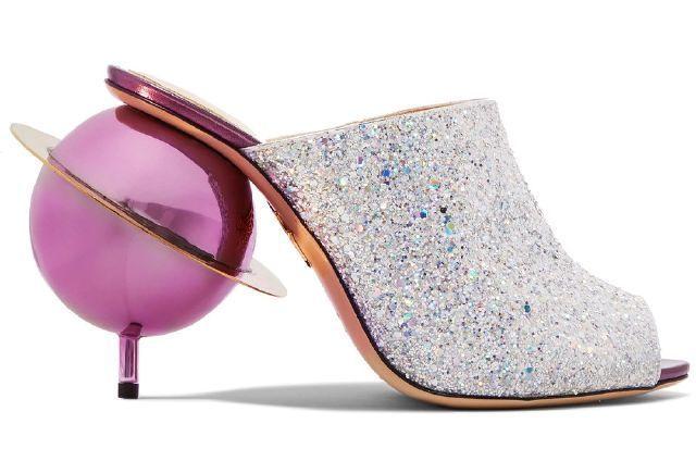 туфли с розовым шаром на каблуке
