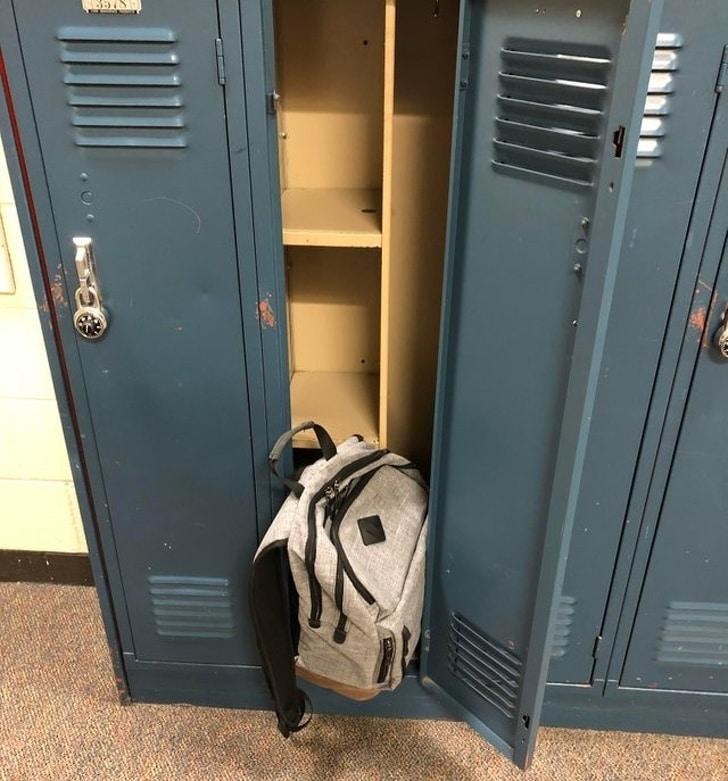 шкафчик для вещей