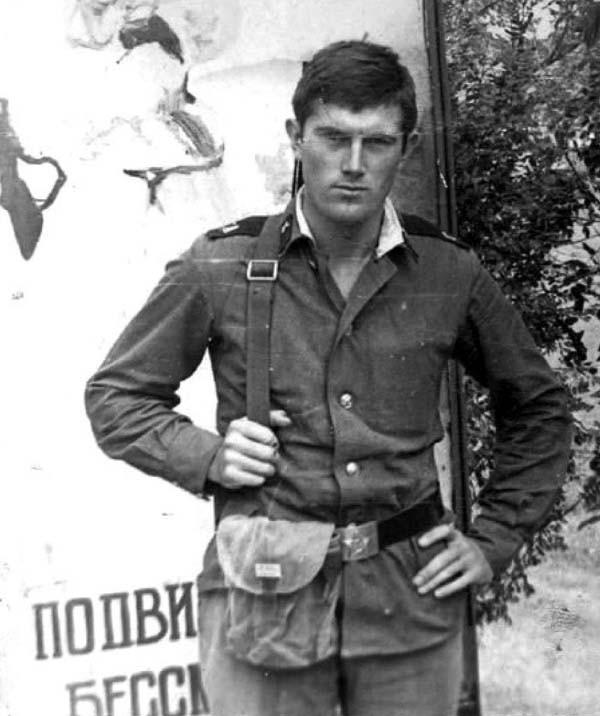 виктор ющенко в армии