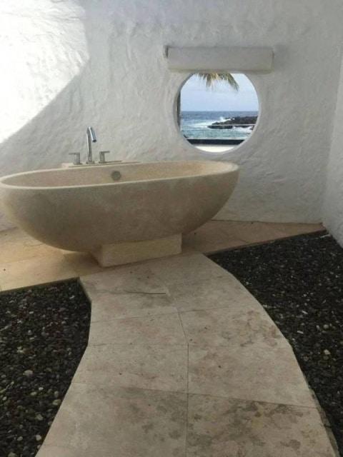 удивительная ванная